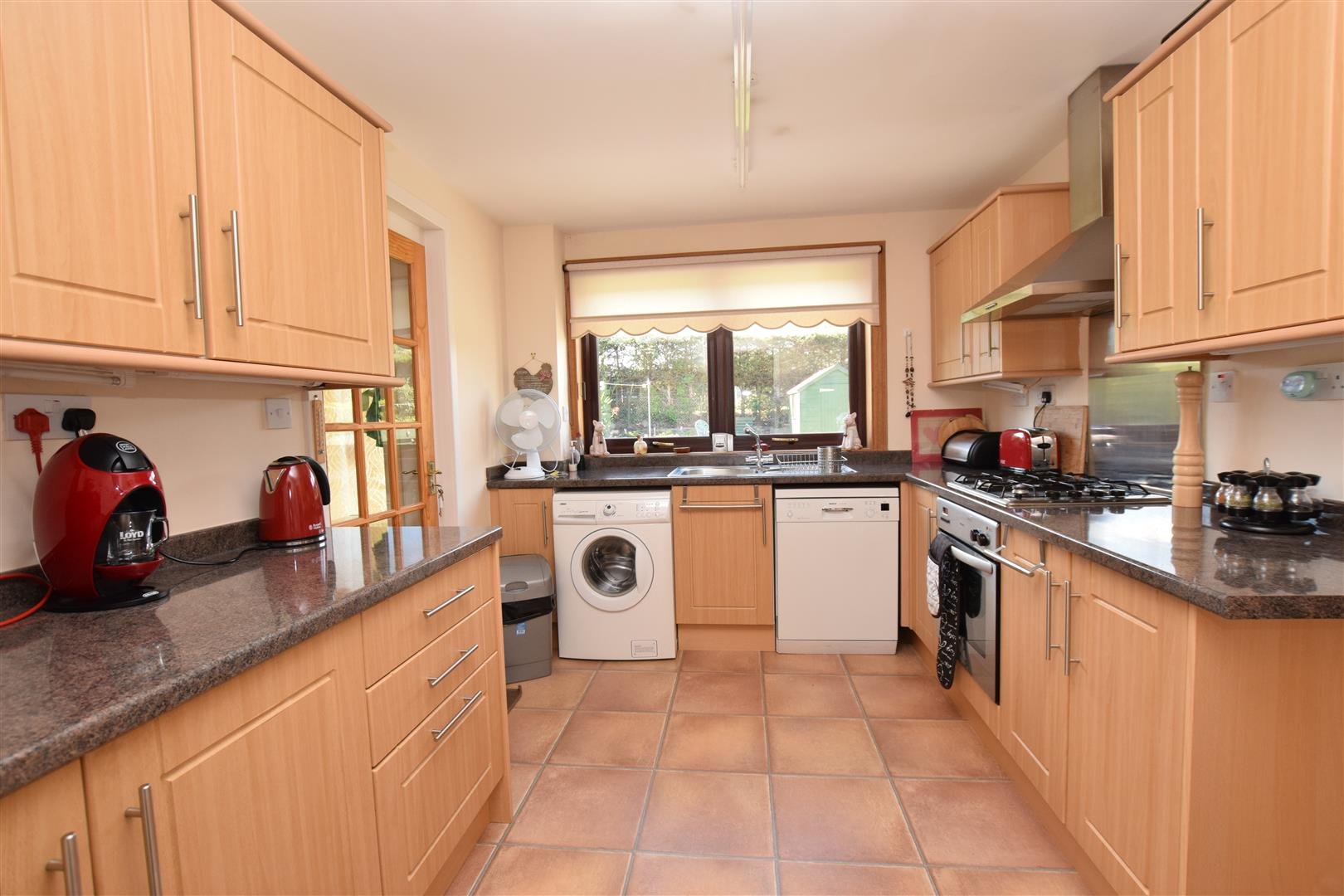 6, Banks Crescent, Crieff, Perthshire, PH7 3SR, UK